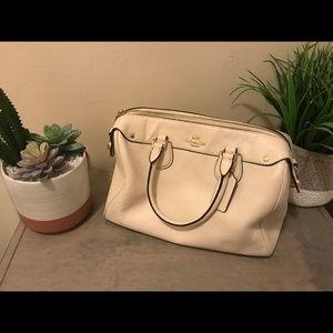 Hand bag cross bag coach